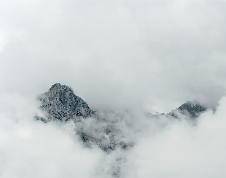 Axel Hütte, Raucheck, Austria, 2011, dalla serie New Mountains © l'artista