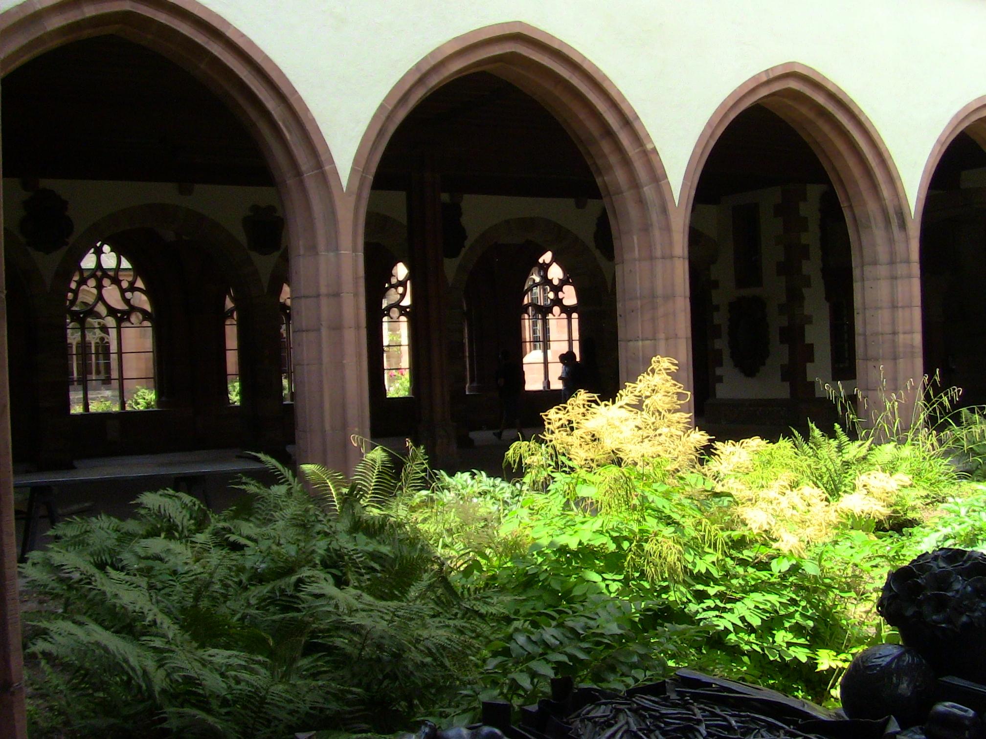 Il Chiostro della Cattedrale di Basilea