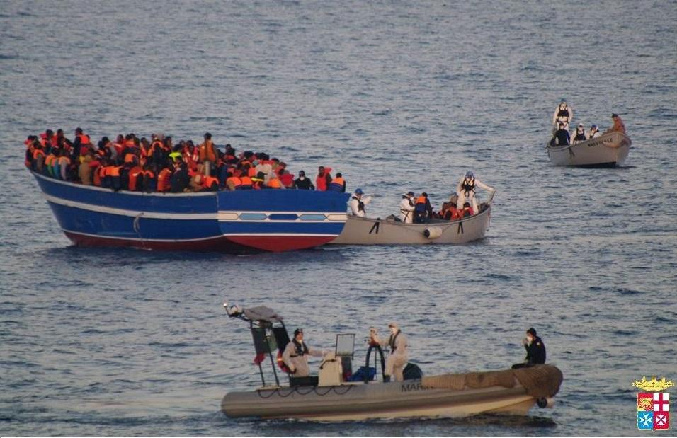 mare-nostrum-marina-lampedusa-migranti-barconi4