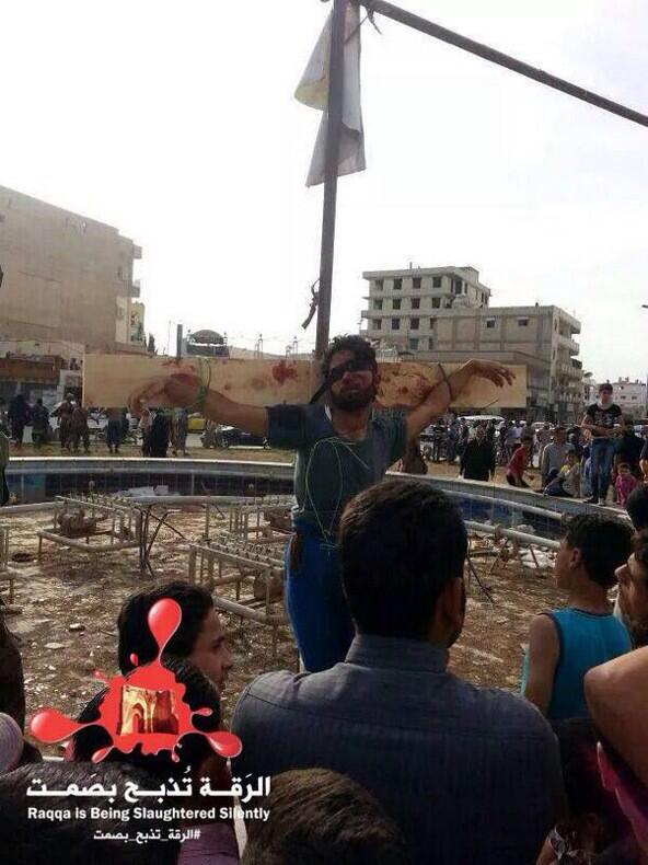 siria-isil-raqqa-crocifissione