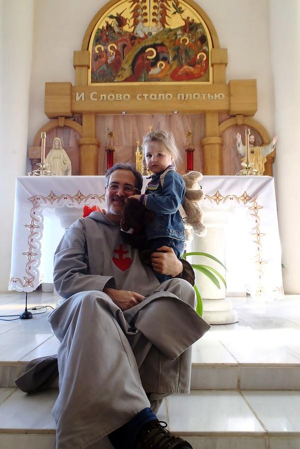 padre Michael Shields
