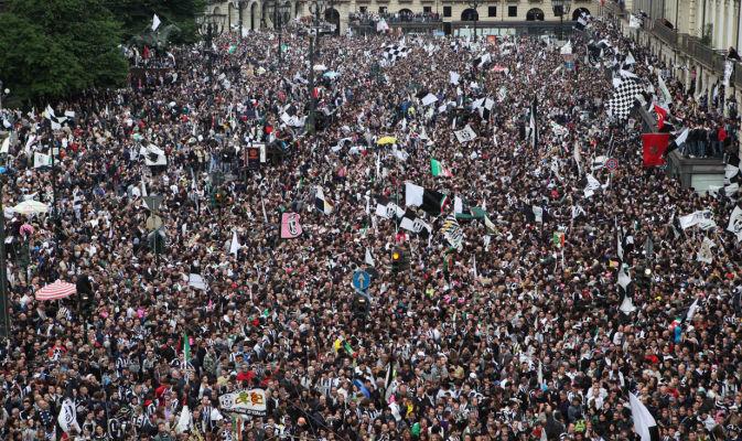 folla-popolo-gente
