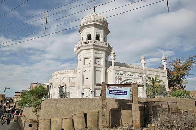 pakistan-peshawar-chiesa1