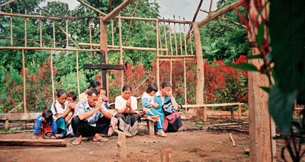 laos-cristiani-chiesa