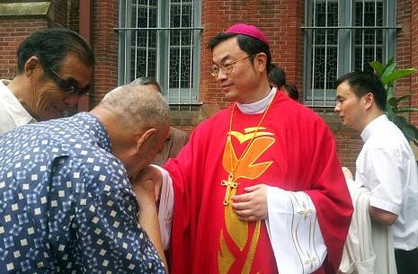 ma-daqin-cina-chiesa-comunismo