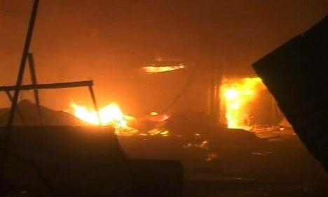 pakistan-gujranwala-fire70_4-27-2013_98590_l