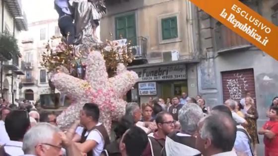 processione-madonna-palermo-ballaro-repubblica-inchino