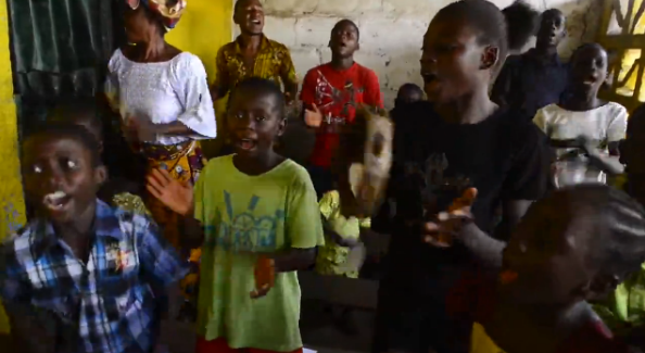 ebola-liberia-chiesa1