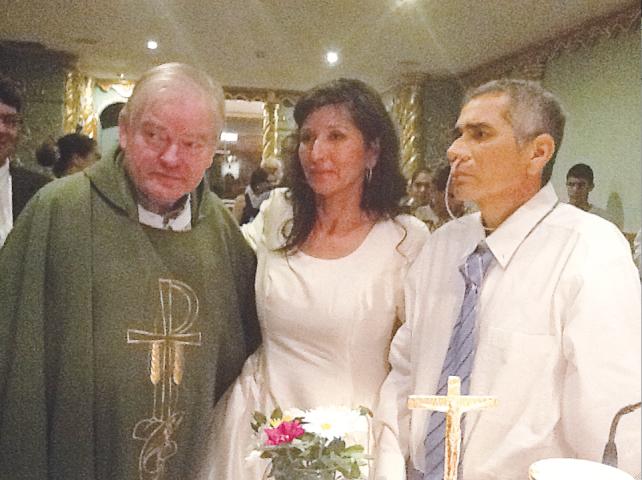 padre-aldo-trento-matrimonio-clinica-divina-providencia