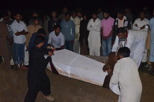 pakistan-cristiani-bruciati-shehzad-shama2