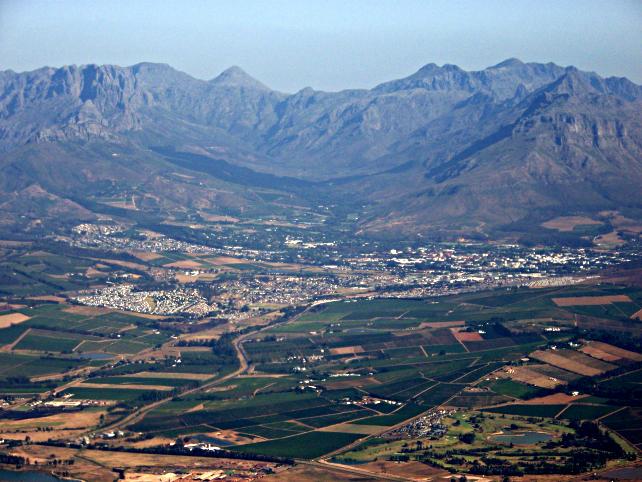 stellenbosch-sudafrica-andres-de-wet-wikimedia