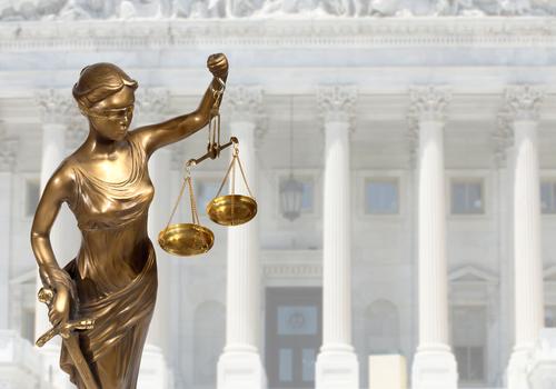 giustizia-shutterstock_220284814