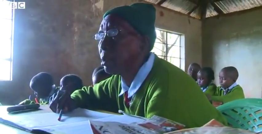 kenya-gogo-educazione-90-anni-donna