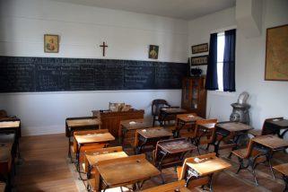 scuola-cattolica-shutterstock_529646