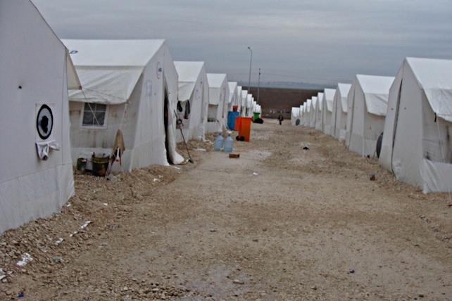 yazidi-profughi-campo-sharia-foto-rodolfo-casadei-1