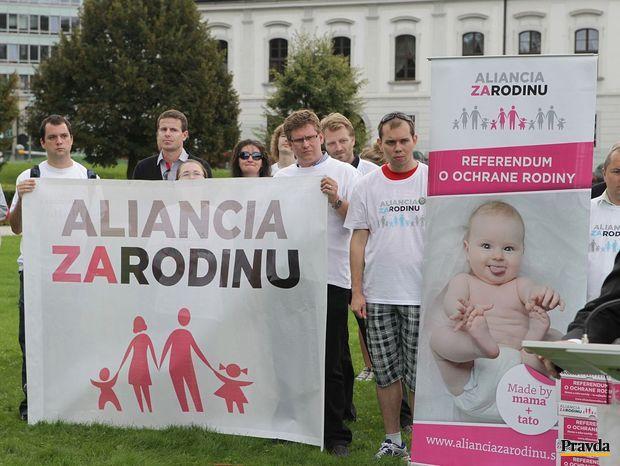 aliancia-za-rodinu-referendum-nestandard2