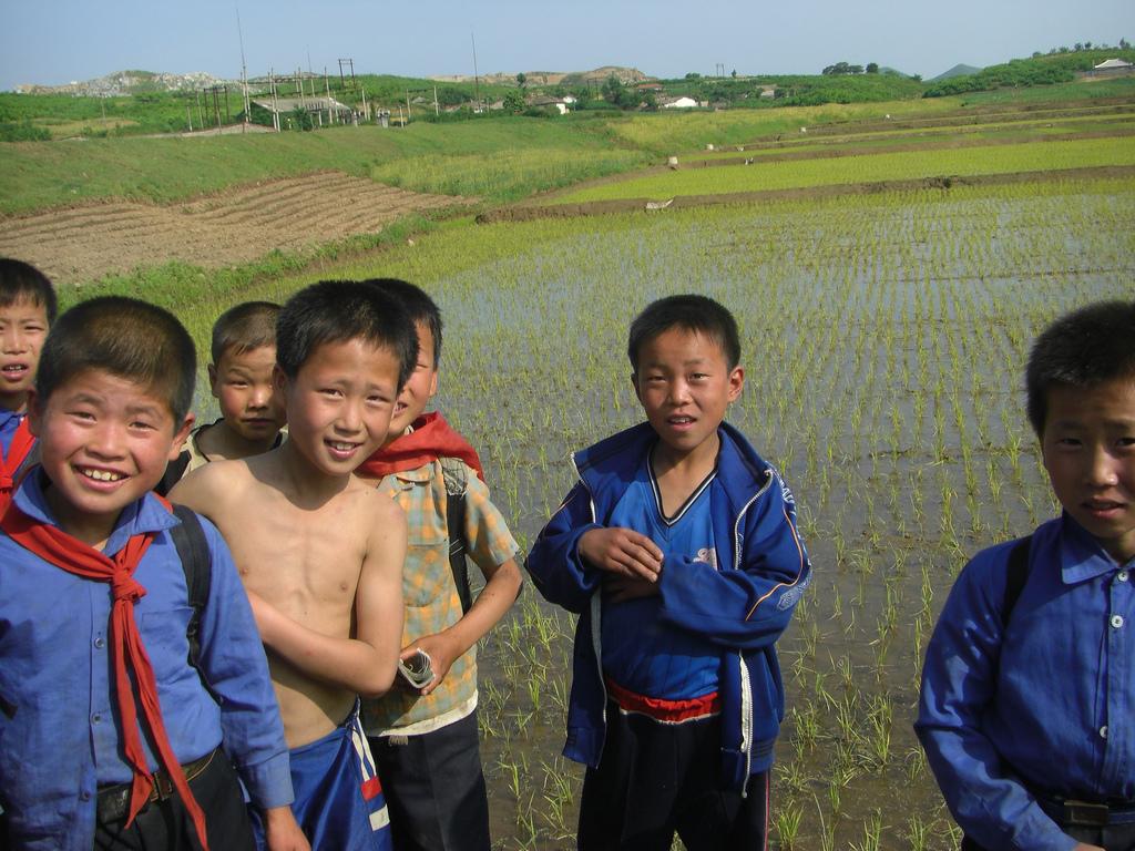corea-del-nord-cibo-villaggio-bambini