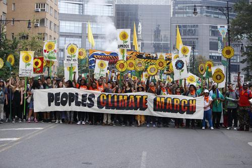 marcia-ambientalista-clima-shutterstock_218837329
