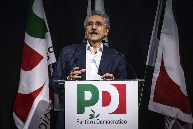 Pd: D'Alema, partito personalista e carico di arroganza