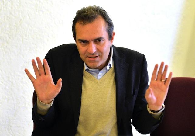 Forum con il sindaco di Napoli Luigi De Magistris