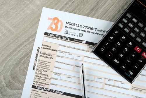 dichiarazione-redditi-modello-730-shutterstock_255555790