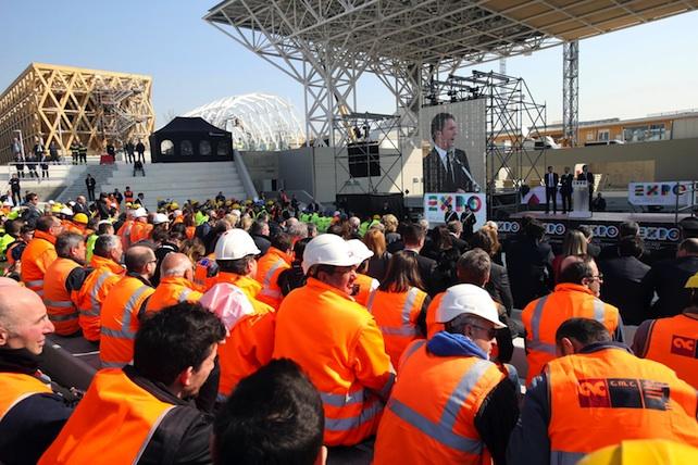Expo: Renzi, mostriamo Italia che ha anche un futuro