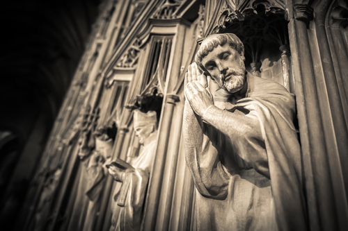 preghiera-shutterstock_146056823