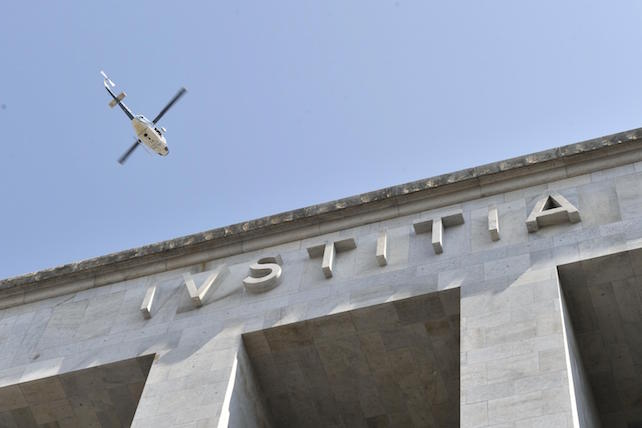 ++ Spari Tribunale Milano:teste, un metal detector rotto ++