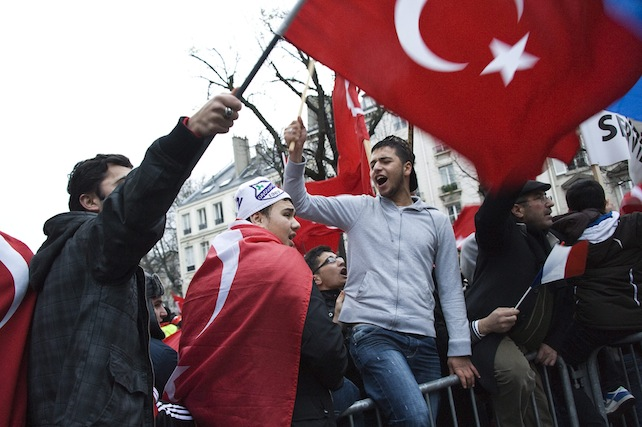 Turkish demonstration in Paris.
