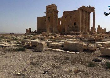 Nel fermo immagine tratto da un video pubblicato da Aamaq News Agency, media vicino all'Isis, il 26 maggio 2015, i resti archeologici di Palmira apparentemente intatti dopo la conquista da parte del gruppo, il 20 maggio. ANSA/ INTERNET / Aamaq News Agency +++ NO SALES - EDITORIAL USE ONLY +++