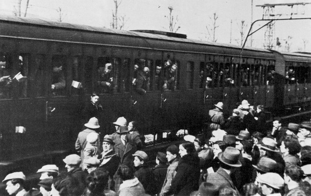 soldati-italia-treno-wikimedia