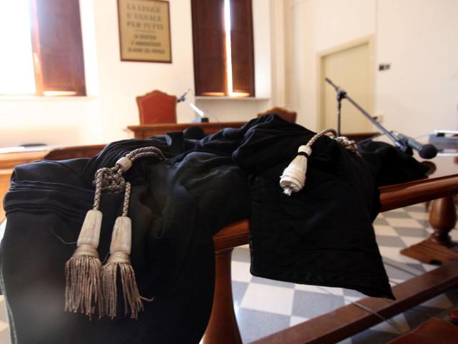 toga-magistrato-tribunale-ansa