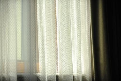 finestra-sole-shutterstock_293717390