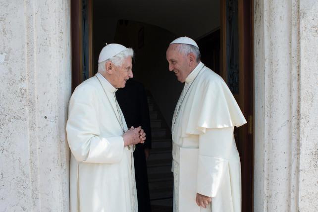 papa-francesco-benedetto-xvi-ansa