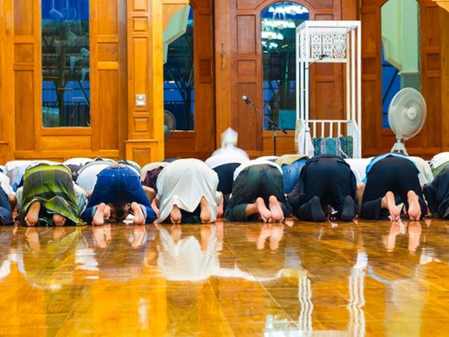 preghiera-islam-shutterstock_288407597