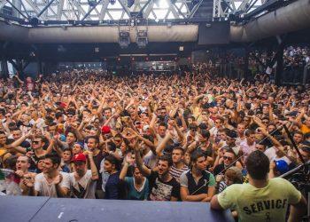 La Discoteca Cocorico di Riccione in un Rave estivo, 24 agosto 2013. ANSA/PASQUALE BOVE
