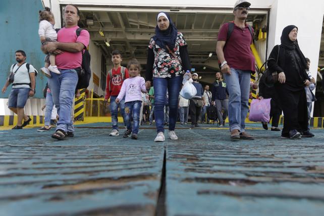 immigrati-profughi-grecia-ansa-ap