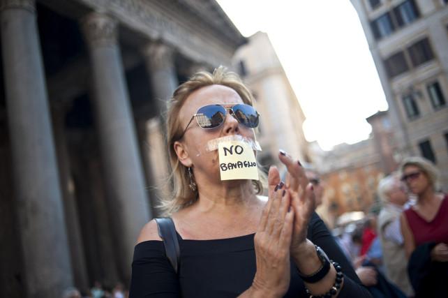 intercettazioni-bavaglio-protesta-2011-roma-ansa
