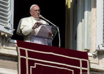 SS. Papa Francesco - Angelus  15-11-2015   @Servizio Fotografico - L'Osservatore Romano
