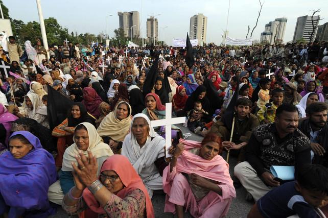 pakistan-islamabad-cristiani-protesta-ansa
