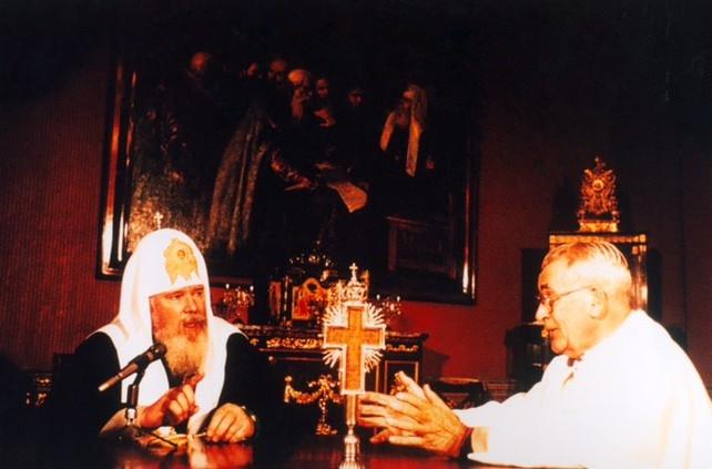 fondatore-acs-patriarca-Alessio-II-1992-Mosca