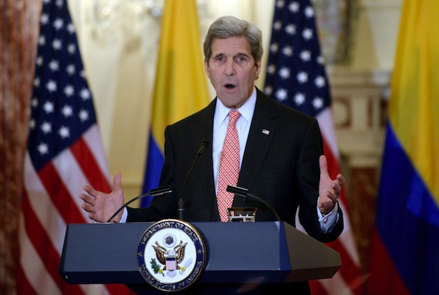 epa05145358 US Secretary of State John Kerry speaks during a joint press availability with Colombian President Juan Manuel Santos (not pictured) at the Department of State in Washington, DC, USA, on 05 February 2016.  EPA/Olivier Douliery