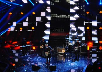 British singer Ed Sheeran performs on stage during the Sanremo Italian Song Festival, at the Ariston theater in Sanremo, Italy, 14 February 2015. The 65th Festival della Canzone Italiana runs from 10 to 14 February.      ANSA/CLAUDIO ONORATI