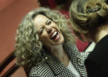 Monica Cirinna' sorride nell'Aula del Senato, durante la discussione generale sull'emendamento presentato dal governo in materia di unioni civili, sul quale Ë stata posta la questione di fiducia, Roma, 25 febbraio 2016. ANSA/ GIUSEPPE LAMI