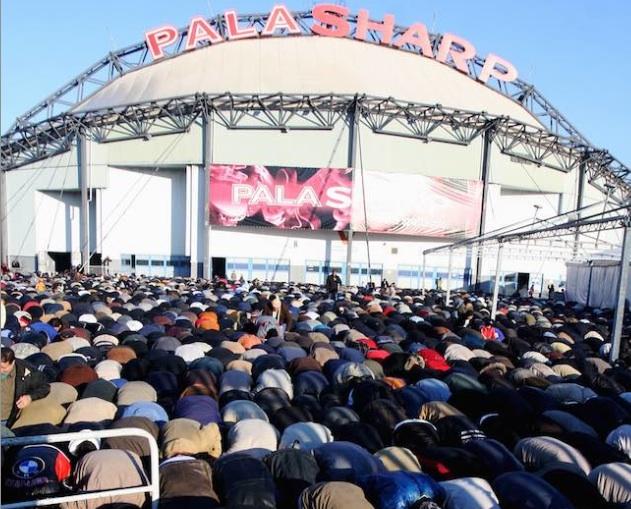 musulmani-preghiera-palasharp-ansa-home