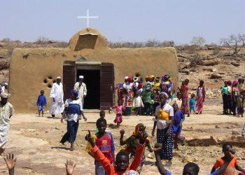 Mali/Mopti 09/74 Financing for the construction of the church of Eze, Parish of Bandiagara