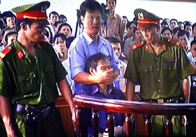 vietnam-padre-van-ly