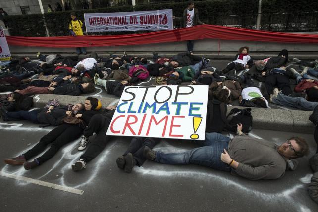 cambiamenti-climatici-protesta-parigi-ansa