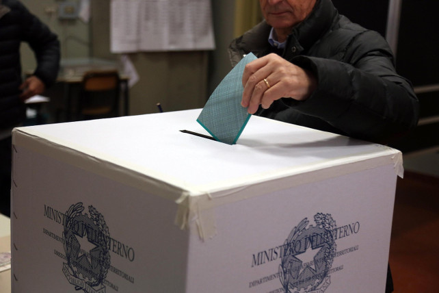 elezioni-urna-ansa