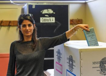 Anti-establishment Five-Star Movement (M5S) Rome mayoral candidate Virginia Raggi casts her ballot for municipal elections at a polling station in Rome, Italy, 05 June 2016. Local elections are underway across Italy including mayoral votes in Rome, Milan, Turin and Naples. ANSA/ALESSANDRO DI MEO
